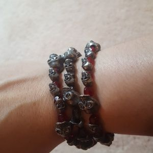 Martha Rotten set of three skull stretch bracelets